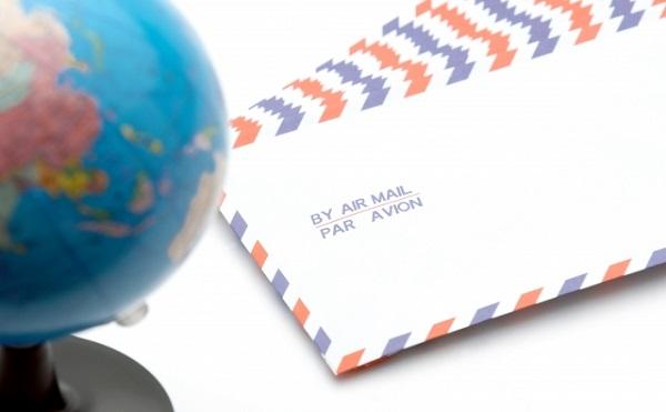 御中を英語ではどう書いて外国の会社宛に手紙をだせばいいのか?